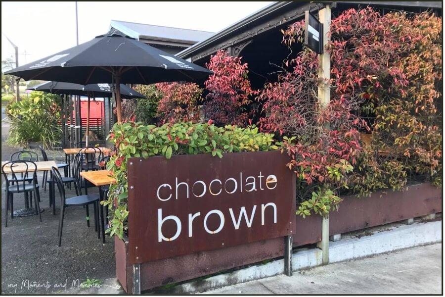 Chocolate Brown - YUM
