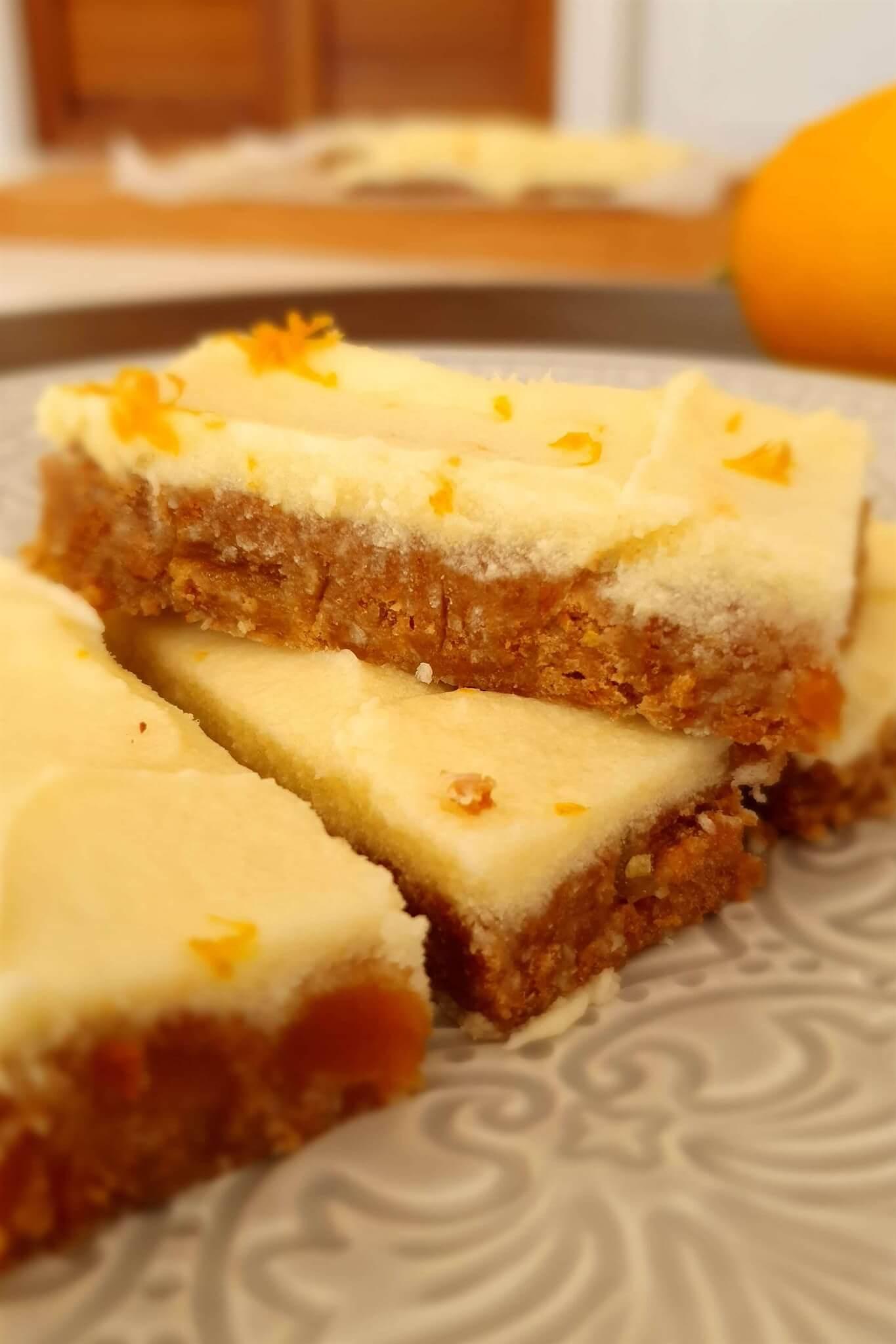 Easy no bake lemon and ginger slice